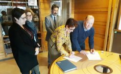 SIGNATURE CONVENTION AVRIL-finances_pedagogie-societaires